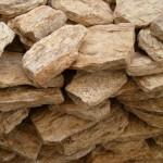 pedra-madeira-bruta